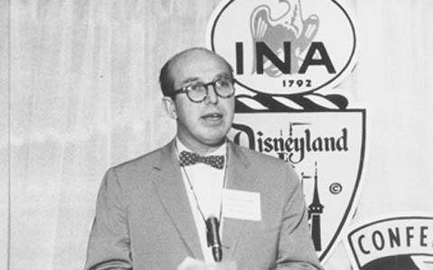 James Rouse attends an International Council of Shopping Centers Conference in 1966
